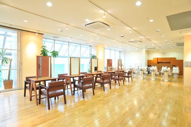 学校法人いわお学園 理容美容専門学校 西日本ヘアメイクカレッジ